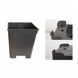 Maceta cuadrada negra CC 13,5x13,5x19cm 2.4lt